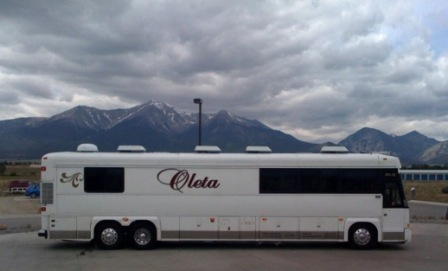 Oleta Coach Lines Executive Luxury Motorcoach